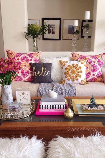 Resultado de imagem para decoração sofa destaque almofadas