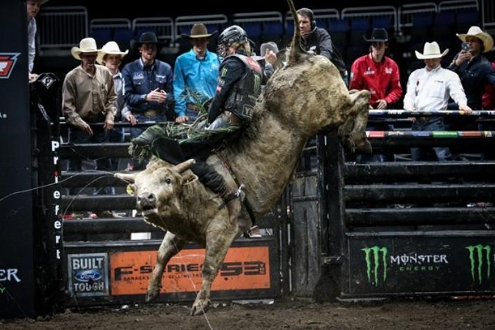 PBR Canada Iron Cowboy 2019