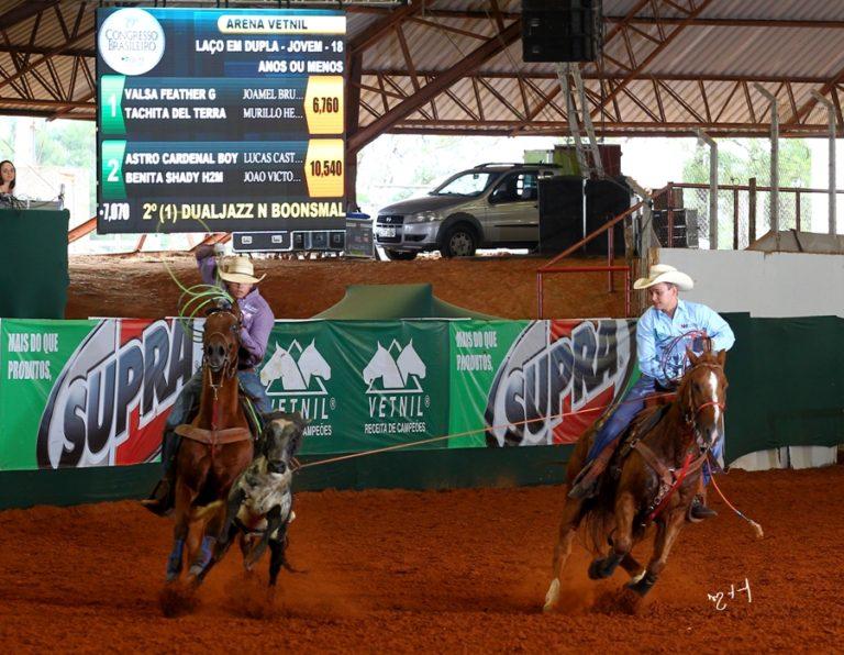 João Victor Oliveira Miranda tem o cavalo no DNA da família Jovem de 19 anos, natural de Assis/SP , hoje morador de Presidente Prudente/SP, é competidor de Team Roping
