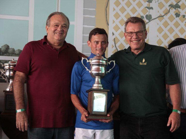 Os melhores do ranking 2019 foram homenageados no Jockey Club de Sorocaba Hipódromo premiou os mais pontuados no ranking de estatísticas Geral e ainda no de Estreantes