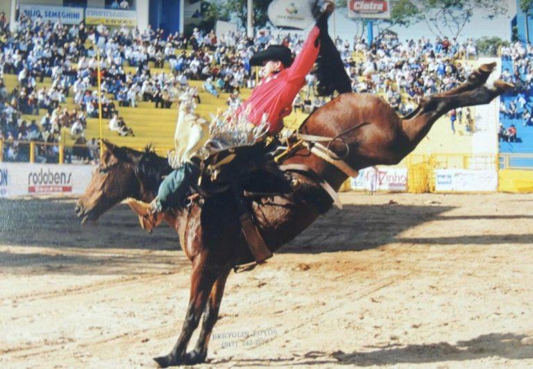 Virgílio Gonçalves é ainda um mito das arenas no rodeio em Cutiano
