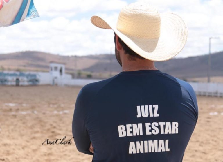 Juízes de Bem-Estar Animal da Vaquejada têm atribuições e responsabilidades Manual de Bem-Estar Animal da ABVAQ foi uma grande conquista para a modalidade