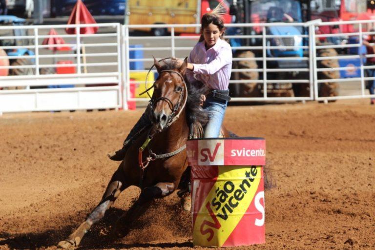 """Jéssica Guido apaixonada pelos Três Tambores desde a primeira vez """"Sempre gostei muito de cavalos e amava ver a prova dos três Tambores"""""""