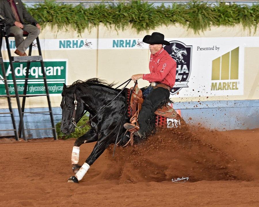 Jason Vanlandingham e A Vintage Smoke garantem 'Tríplice' Conjunto venceu o Nível 4 do NRHA Open Derby em Oklahoma; também são campeões do NRHA Futurity e NRBC