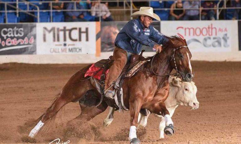 Scooter Kat e Justin Wright vencem NRCHA Derby Open Uma das maiores provas de Working Cow Horse da temporada readequou seu calendário e foi realizada tomando-se todos os cuidados exigidos pelas autoridades sanitárias
