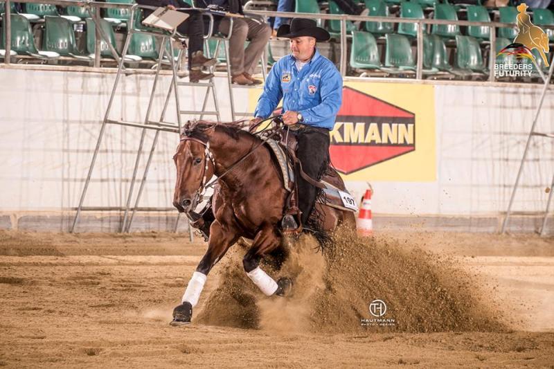 Treinador de Rédeas, o belga Bernard Fonck tornou-se, em 2018, o primeiro cavaleiro europeu a atingir a marca dos US$ 2 milhões em ganhos