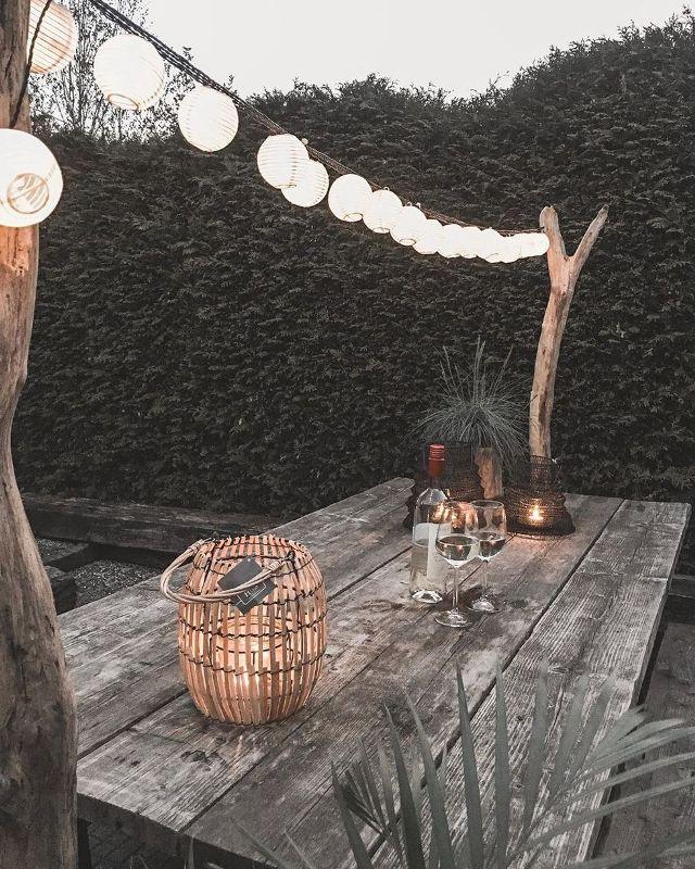 Iluminação externa: separamos algumas ideias com opções de luzes que definirão o clima do ambiente que você vai decorar com muito amor