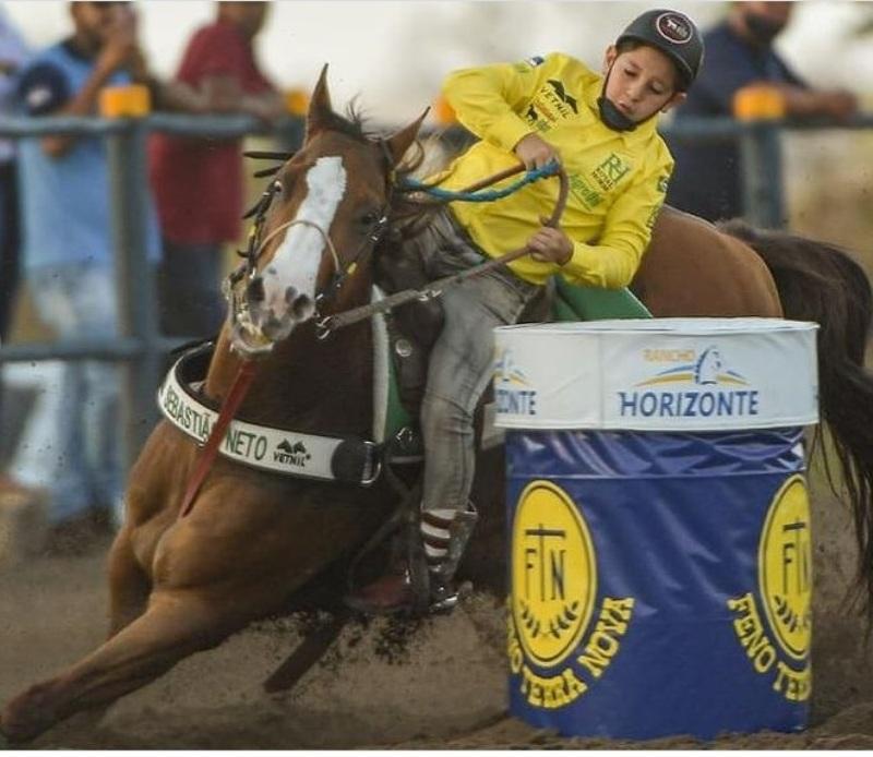 """Sebastião Neto: """"Meu sonho como atleta é competir no Estado de São Paulo!""""; Natural de Pernambuco, herdou da família seu amor pelos cavalos."""