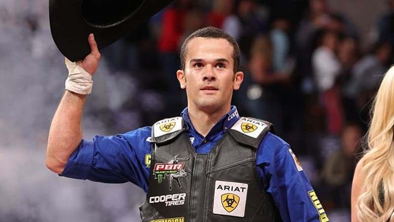 João Ricardo Vieira assumiu a 2a. posição no ranking mundial em final de semana perfeito; etapa da PBR teve 7 brasileiros entre os melhores