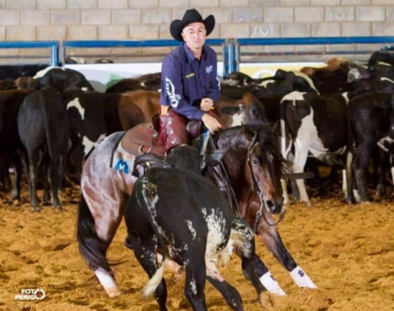 Em contato com cavalos desde criança, mesmo contra todas as possibilidades, Fabio Berestino tornou-se um nome conhecido e excelente treinador