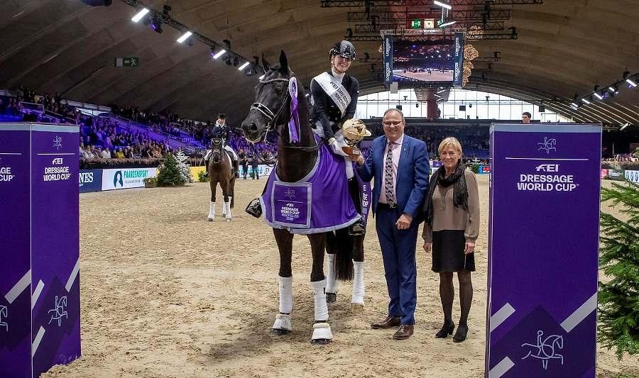 Desperado NOP é parceiro de competições da atleta holandesa Emmelie Scholten e os dois faziam sucesso nas pistas quando as provas adiaram