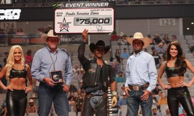 Paulo Lima vence o Iron Cowboy 2021 da PBR no Texas