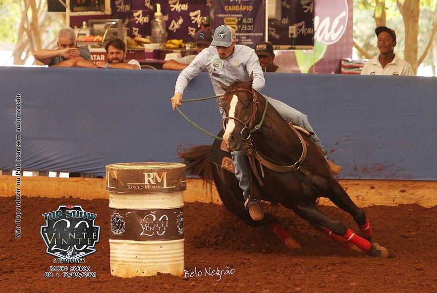 Top Show Rancho Vinte Vinte tem recorde de pista no Rancho Mariana