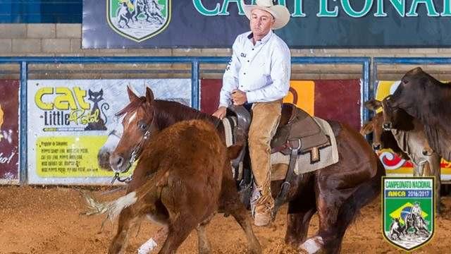Fabio Berestino fala da sua paixão por cavalos e pela Apartação 01