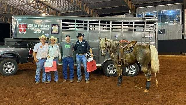 Final do Campeonato Two Brothers Team Roping consagra campeões (2)