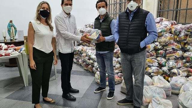 Em campanha solidária, ABCCA arrecada 3 toneladas de alimentos